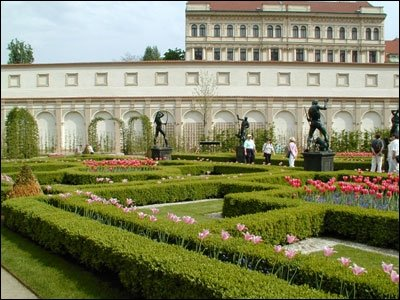 Les plus beaux jardins du monde for Jardin wallenstein prague