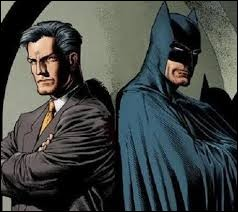 Quelle ville Bruce Wayne protège-t-il ?