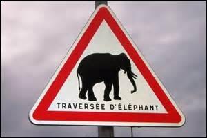 Qui voyez-vous sur ce panneau routier ?