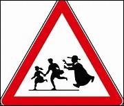 Sur ce panneau qui courre après les enfants ?