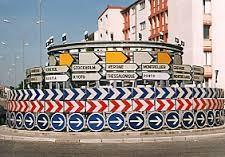 Panneaux routiers insolites
