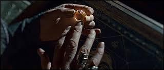 Qui Voldemort a-t-il tué pour créer cet Horcruxe (la bague) ?