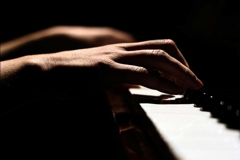 Puis-je croiser mes mains, au piano ?