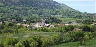 Sigoyer est un village Haut-Alpin situé en région ...