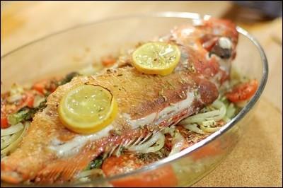 Quel est ce poisson qu'on trouve souvent en poissonnerie sous le nom de sébaste, indispensable à la bouillabaisse :