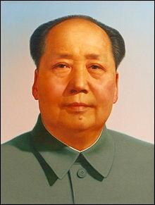 Né en 1894, il fut à la tête de la Chine de 1949 à sa mort, en 1976. Surnommé Le Grand Timonier, il est à l'origine du Grand Bond en avant et de la Révolution culturelle. Qui est-ce ?