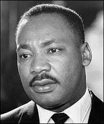 """Il a prononcé la célèbre phrase """"I have a dream"""" :"""