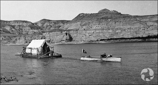 Ses recherches le conduisirent ensuite au Canada. Le long de quelle rivière fut tourné le plus gros de ses expéditions ?