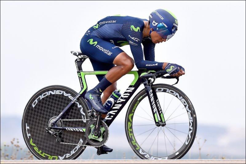 Nous voici en 2016. Quintana remporte les quatre Tours qui vous sont proposés ci-dessous, mais dans un de ces tours, Nairo ne gagna pas d'étape. Duquel s'agit-il ?