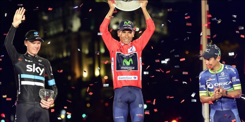 On finit avec sa plus belle victoire, sa plus récente : sa 2e victoire sur un Grand Tour. Pourquoi est-elle plus belle que celle du Giro 2014 ? Parce qu'il a battu Christopher Froome ! À part le maillot rouge, quel autre maillot distinctif gagne-t-il dans cette somptueuse Vuelta ? (les photos représentent des coureurs qui ont porté ces différents maillots dans les précédentes Vueltas.)