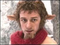Le premier personnage que rencontre Lucy à Narnia s'appelle : monsieur Tumnus