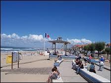 Pour finir, je vous emmène à Soulac-sur-Mer. Station balnéaire Girondine, elle se situe dans la nouvelle région ...