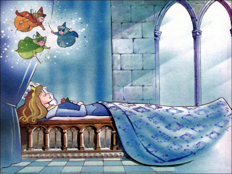 Chez Disney, La belle au bois dormant est hypnotisée par Maléfique et se pique le doigt sur une quenouille magique, mais comment se pique-t-elle dans la version de Charles Perrault ?