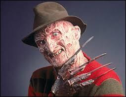 """""""Les Griffes de la nuit"""" est un film d'horreur américain, réalisé en 1984. Comment s'appelle l'homme au chapeau, à la figure brûlée ?"""