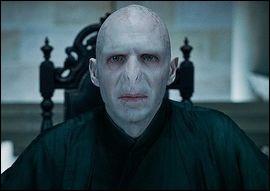 Dans quel endroit Voldemort réapparaît-il ?