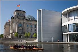 Qui est le président du « Bundestag » (l'assemblée parlementaire allemande) depuis 2005 ?