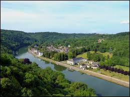 Combien de pays arrose la Meuse avant de se jeter dans la mer du Nord ?