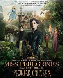 En quel oiseau peut se transformer Miss Peregrine ?