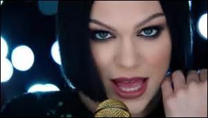 """Quelle chanson est reprise par Jessie J de """"Pitch Perfect 2"""" ?"""