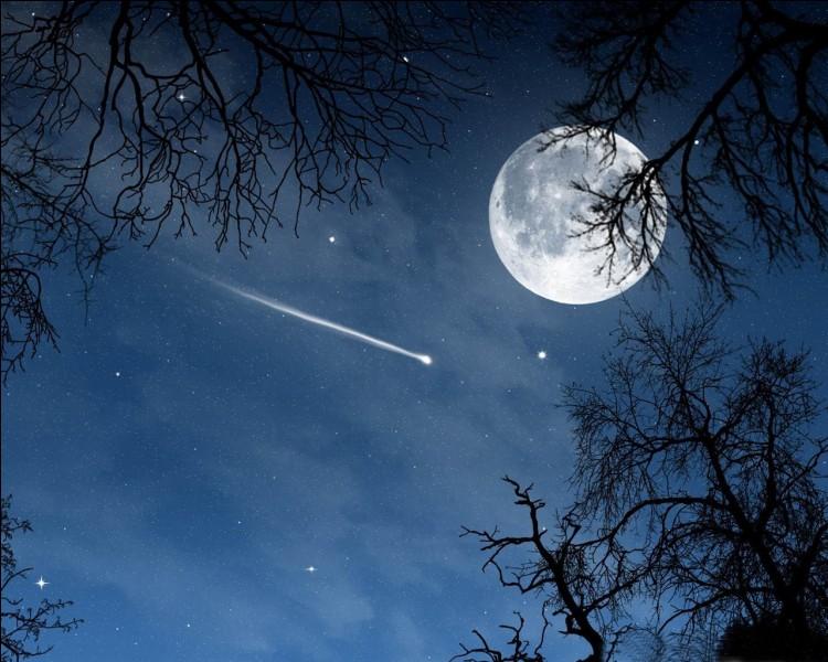 Je vois une étoile filante