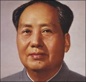 Dictateur en Chine de 1935 à 1974, comment se nomme-t-il ?