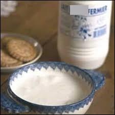 Quel autre nom porte le lait battu, passé par la baratte, que l'on peut consommer avec des pommes de terre vapeur ?