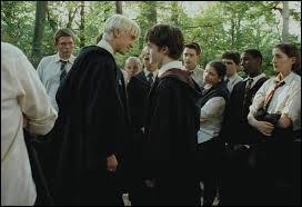 Où Draco et Harry se rencontrent-ils pour la première fois ?