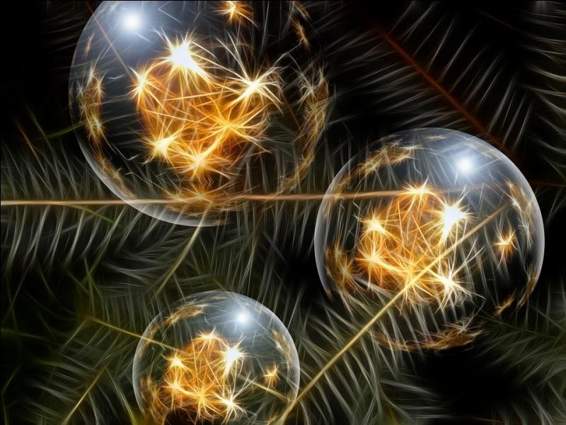 Brillantes et colorées afin d'orner le conifère : les boules. De quand date la tradition de les accrocher aux branches du conifère ?
