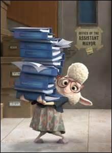 Qui a doublé l'adjointe au maire ?