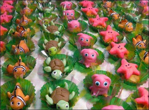 Aurez-vous le courage de manger ces petits cochons roses en....