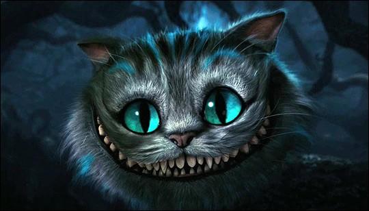 Comment appelle-t-on ce chat de fiction au pelage tigré, qui apparaît dans le roman intitulé « Alice au pays des merveilles » ?