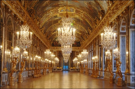 Pour visiter le château de Versailles, dans quel département faut-il se rendre ?