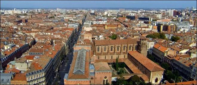 """""""Est-ce l'Espagne en toi qui pousse un peu sa corne""""... Quelle est la ville que chante ainsi Claude Nougaro ?"""