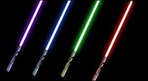 De quelle couleur est le sabre laser des Sith ?