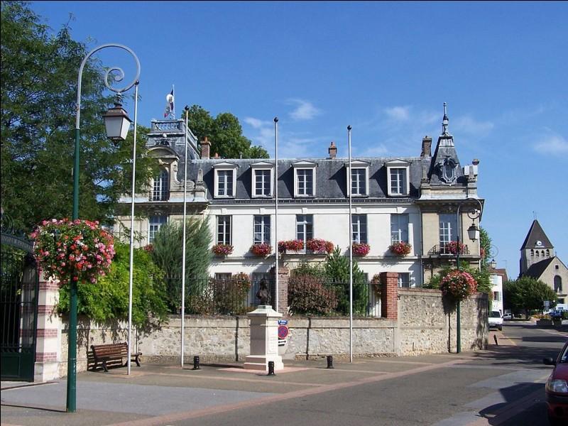 """Il existe une ville de France s'appelant """"Plaisir"""". Vrai ou faux ?"""