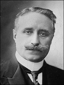 Retrouvez le nom de cet homme d'État français !