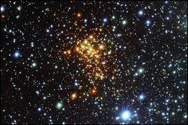 Que se passe-t-il au cœur d'une étoile ?