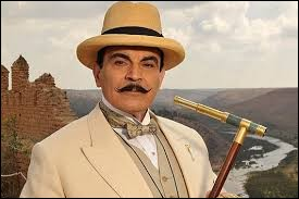 """A quelle romancière doit-on la nouvelle """"Le Rêve"""", mettant en scène Hercule Poirot ?"""