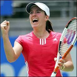 Joueuse de tennis qui a pris sa retraite sportive et qui a gagné notamment Roland Garros . Qui est-elle ?