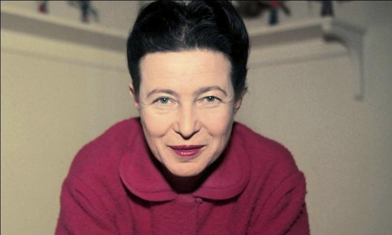 De quel écrivain, la femme de lettres Simone de Beauvoir a-t-elle partagé la vie ?