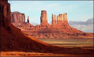 Vous l'avez sûrement reconnu, c'est évidemment Monument Valley. Où se trouve ce magnifique site ?
