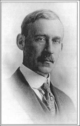 """Walter Granger (1872-1941) est un paléontologue américain devenu célèbre pour avoir découvert, en 1897, """"Bone Cabin Quarry""""..."""