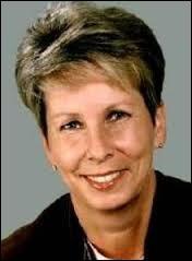 Sabine Bergmann-Pohl a été la dernière présidente de l'ex-Allemagne de l'Est. Quel était l'acronyme de ce pays ?