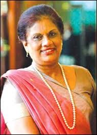 Chandrika Kumaratunga a été présidente du Sri Lanka de 1994 à 2005. Lors de son mandat, elle a perdu un œil dans une tentative d'assassinat organisée par...