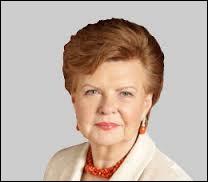 De 1999 à 2007, Vaira Vīķe-Freiberga a été à la tête de la Lettonie. Des trois pays baltes, c'est celui qui se trouve...