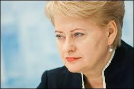 Depuis 2009, Dalia Grybauskaitė préside la Lituanie. Des trois pays baltes, c'est celui qui se trouve...