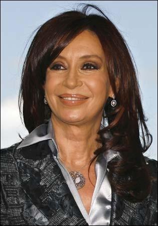 Quel pays Cristina Kirchner dirigea-t-elle de 2007 à 2015 ?
