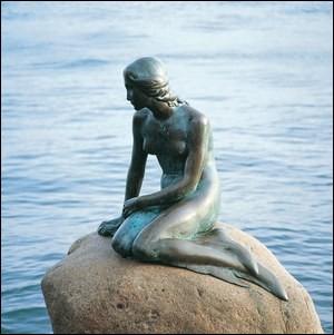 "Où se situe la statue de le ""petite sirène"" ?"