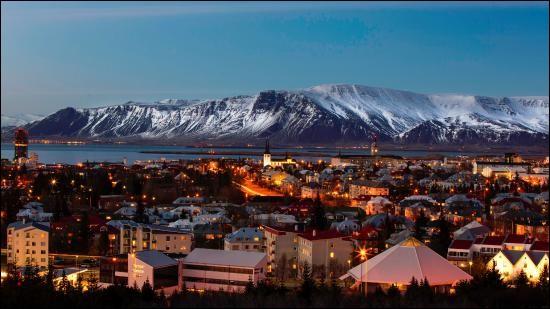 Quelle est la capitale la plus au Nord ?