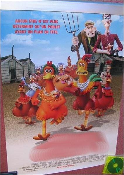 """Rien qu'à voir l'affiche, les poulets courent déjà (""""Chiken Run""""). Peut-être savent-ils à quelle sauce francophone ils vont être mangés ?"""
